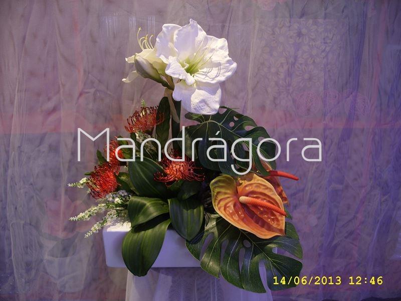 Centro de mesa de flores artificiales con amaryllis y - Centro de mesa con flores artificiales ...